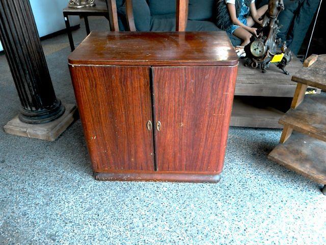 Petit meuble art deco en palissandre de rio d 39 occasion for Deco et meuble avignon