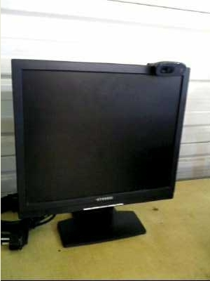 ecran lcd hyundai 17 webcam d 39 occasion. Black Bedroom Furniture Sets. Home Design Ideas